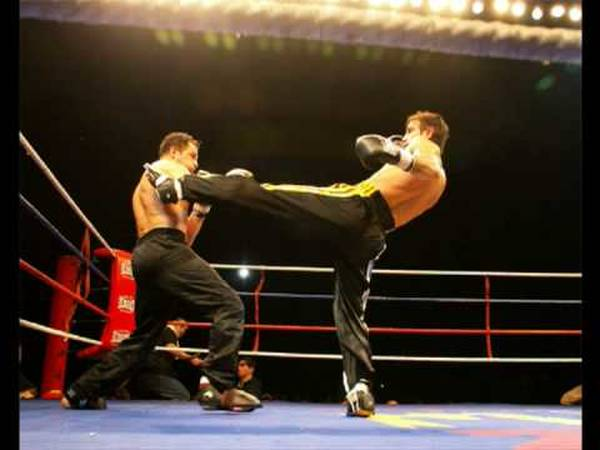 Cours MentorShow Full Contact Gabon et formation boxe thai | A la carte