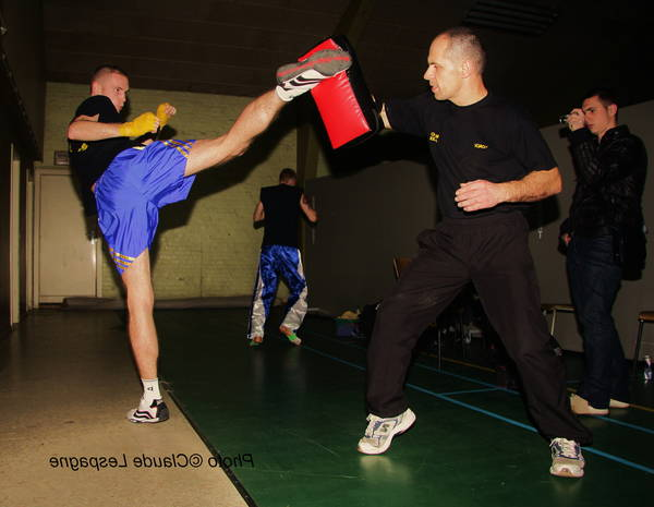 Meilleur Savate ufc ou kick boxing guadeloupe | Pieds Poings