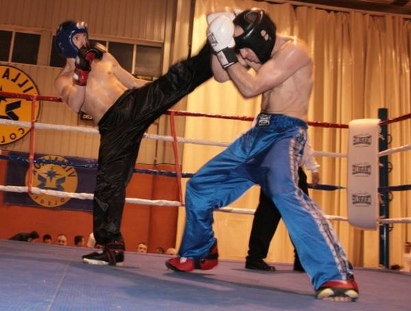 Cours en Ligne : Boxe pied poing montpellier : boxe feminine pieds poings | Poings et Pieds